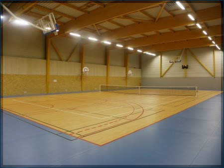 Complexe sportif bournezeau entente sportive de tennis for Eclairage court de tennis exterieur